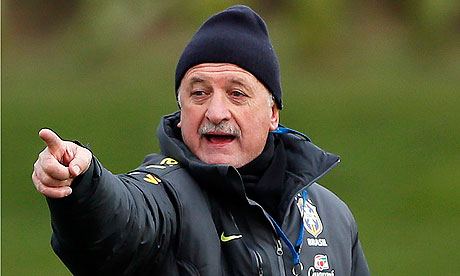 Luiz Felipe Scolari takes training in London