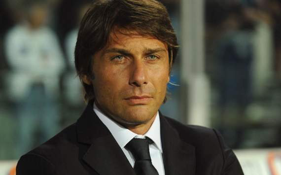 "Antonio Conte: ""Scudetto is still distant. I support AC Milan in Champions League"""