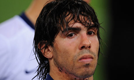 Carlos Tevez has completed his move to Juventus