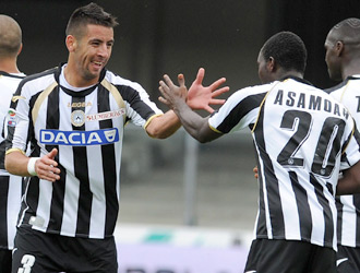 Isla and Asamoah set to join Juventus