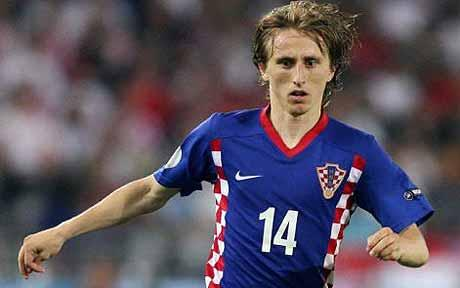 Official: Real Madrid sign Luka Modric