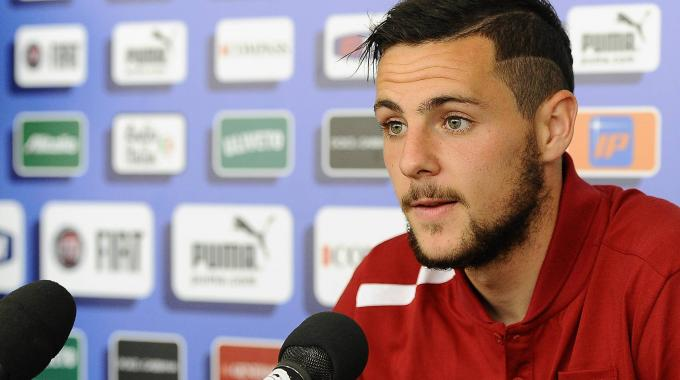 Official: Mattia Destro is a Roma player