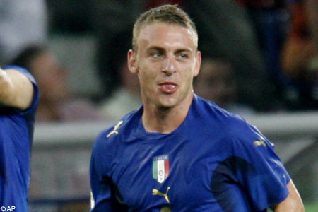 Daniele De Rossi would be a superb signing for English champions