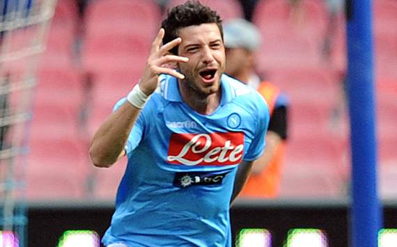 Dzemaili always more decisive: Napoli-Genoa 2-0
