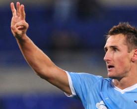 Lazio is looking for a striker