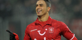 Spurs agree Chadli deal, while Hamburg chase Jelavic